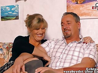 REAL GERMAN HOUSEWIFE AT THREESOME CASTING, MMF amateur milf german