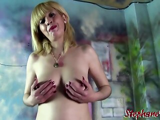 French mature avec 2 mecs big cock big tits blonde