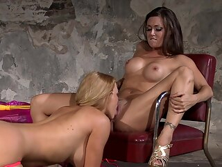 Krissy Lynn and Melissa Jacobs - Penthouse SiteRip - 16049 87670 big tits blonde brunette
