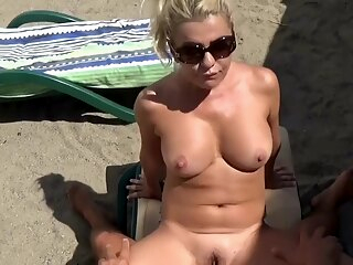 Hot Blonde with Big Tits Public Beach Fuck amateur beach big cock