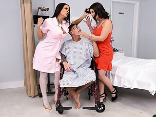 Escandalo! 2 Free Video With Chris Diamond & Luna Star & LaSirena69 - Brazzers big ass big tits fetish