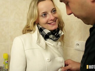 PornCZ - CzechHitchHickers E016 amateur blonde cumshot