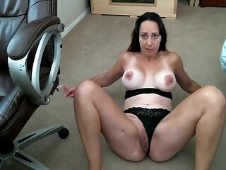 Mature with great areolas in webcam show amateur big tits brunette